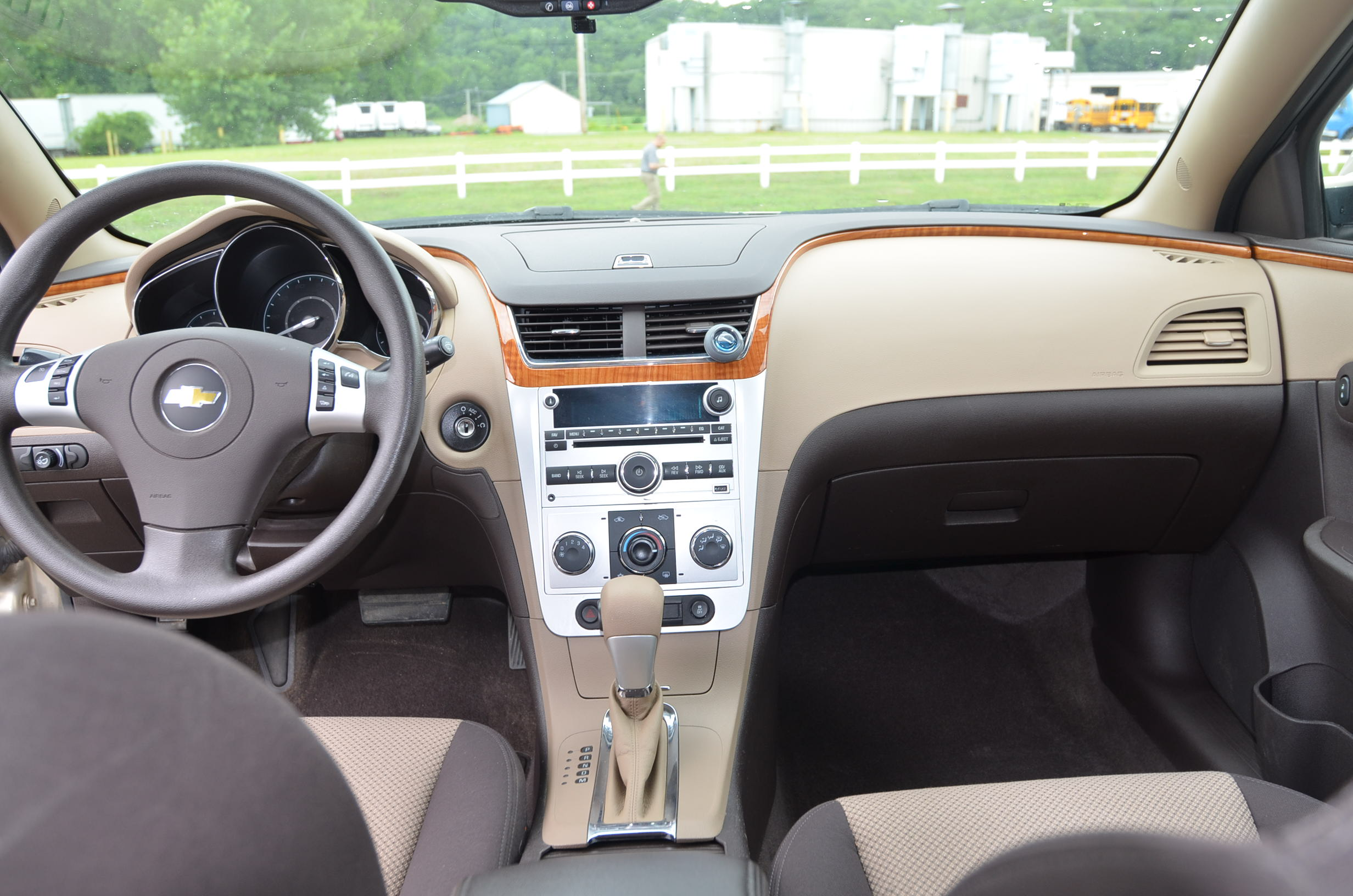 Superb 2012 Chevrolet Malibu LT Sedan 4