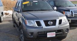 2016 Nissan Frontier Crew Cab PRO-4X Pickup 4D 5ft