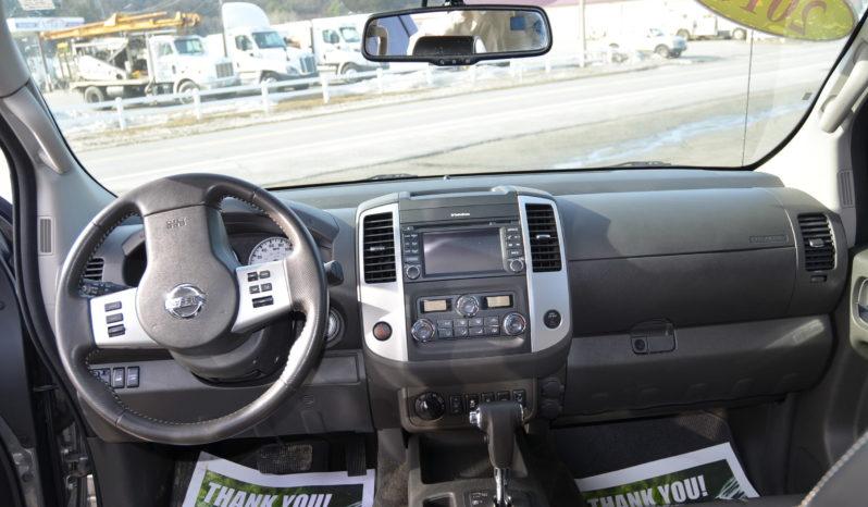 2016 Nissan Frontier Crew Cab PRO-4X Pickup 4D 5ft full