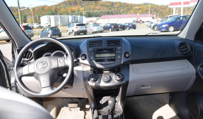 2009 Toyota RAV4 Sport Utility 4D full